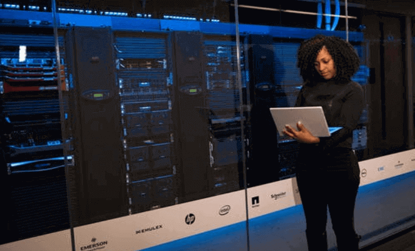 Consider These 4 Things In Choosing A Server For Your Small Business